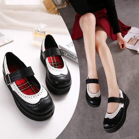Hollowed Out Women S Shoes