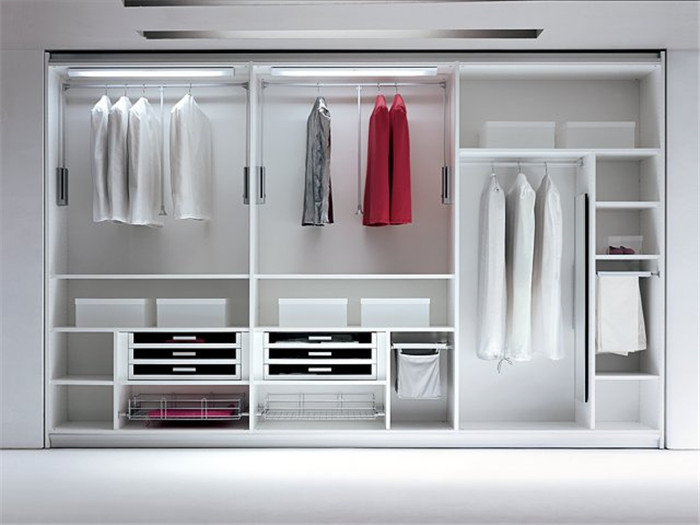 Buy i shape walk in closet design from for Walk in closet india