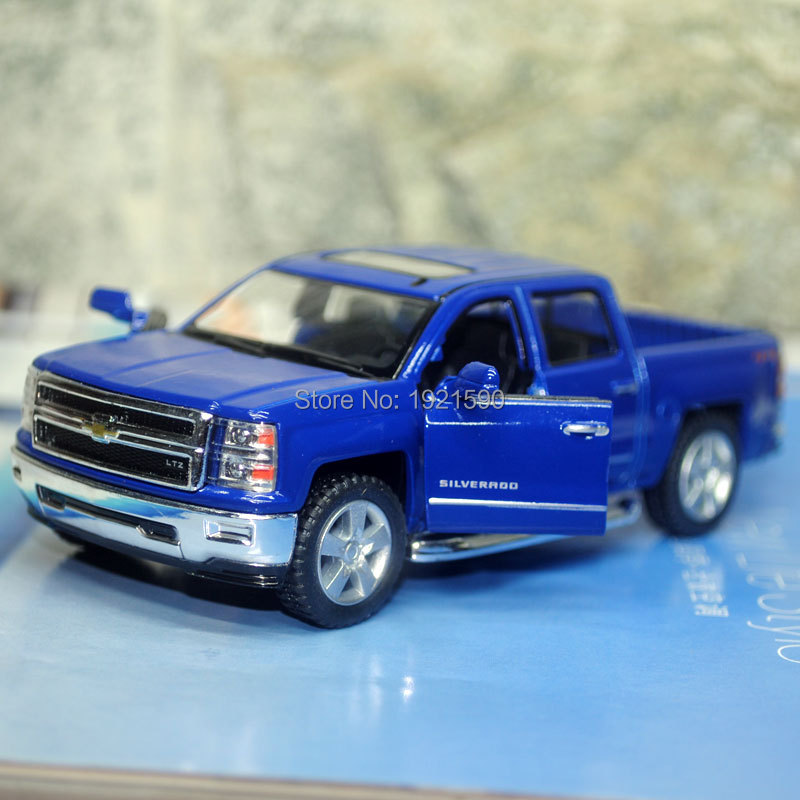 Brand New KINGSMART 1/46 Scale Chevrolet Silverado Pickup Truck Diecast Metal Pull Back Car Model Toy For Gift/Kids/Collection(China (Mainland))