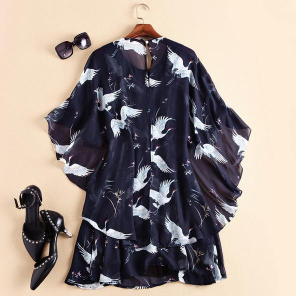 Europe and the United States women's wear the new summer 2016 Runway looks retro cranes printing cloak dress(China (Mainland))