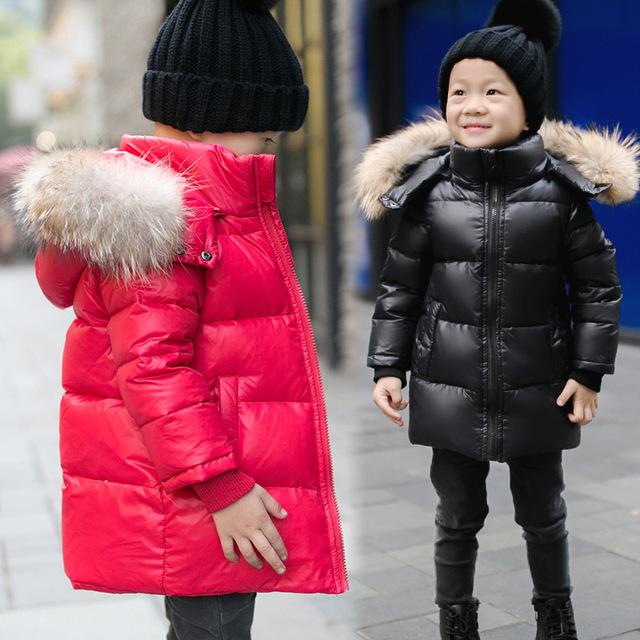 Россия зима 2016 модные дети пуховик Надьямарош воротник и длинные участки теплый белый мальчики девочки утка пуховик пальто