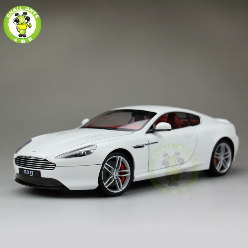1:18 Scale Aston Martin DB9 Coupe Diecast Car Model Welly 18045 White(China (Mainland))