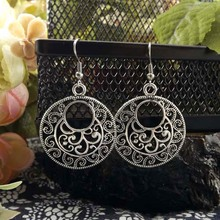 Vintage tibetan silver round flower eardrop earring party gift for women(China (Mainland))