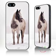 For iphone 4/4s 5/5s 5c SE 6/6s plus ipod touch 4/5/6 back skins mobile cellphone cases cover Horse in the snow