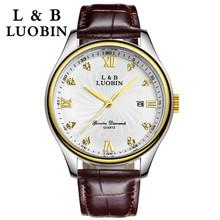 Segundos matan, números romanos con perforación hombres reloj de cuarzo, impermeable movimiento reloj de pulsera, cinta luminosa mesa de negocios