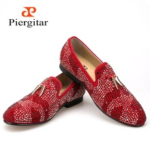 New red and black suede men shoe with gold tassel and exquisite crystal men wedding and party loafers men dress shoes men's flat(China (Mainland))