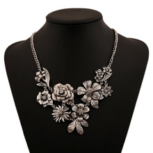 European Vintage Gold plated Rose Rhinestone Necklaces & Pendants noble Accessories Choker Statement Necklace For women(China (Mainland))