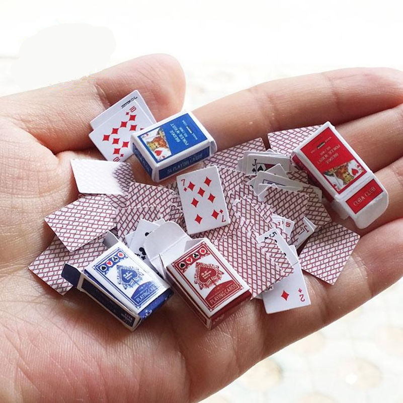 1 Pairs Of Simulation Playing Cards 1:12 Dollhouse Miniature Scene Props Poker Playing Card Model Dollhouse Accessory Home Decor(China (Mainland))