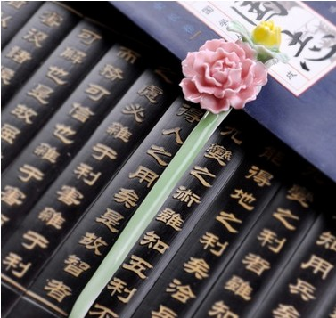 Direct manufacture ceramic flower hair clip wholesale hand make return to the ancient traditional wedding women hair accessories(China (Mainland))