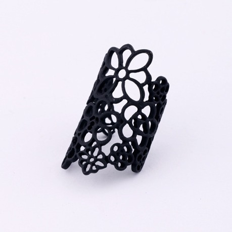 Vintage Black Gold Hollow Lace Flowers Alloy Trendy Rings Fashion Jewelry Wholesale(China (Mainland))