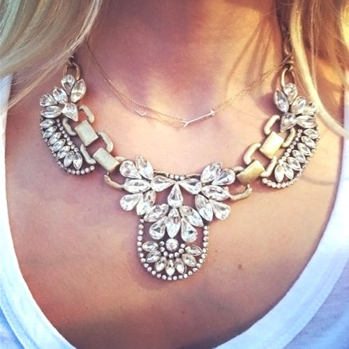 2016 Fashion retro exaggerated flowers Crystal Collar Statement Necklaces Personalized Vintage Retro Choker Women - factory hotsale store