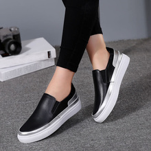 EOFK 2017 Women Flat Platform Shoes Vintage Black Leather Comfortable Causal Slip On Loafers Ladies Shoes for Women Flats(China (Mainland))