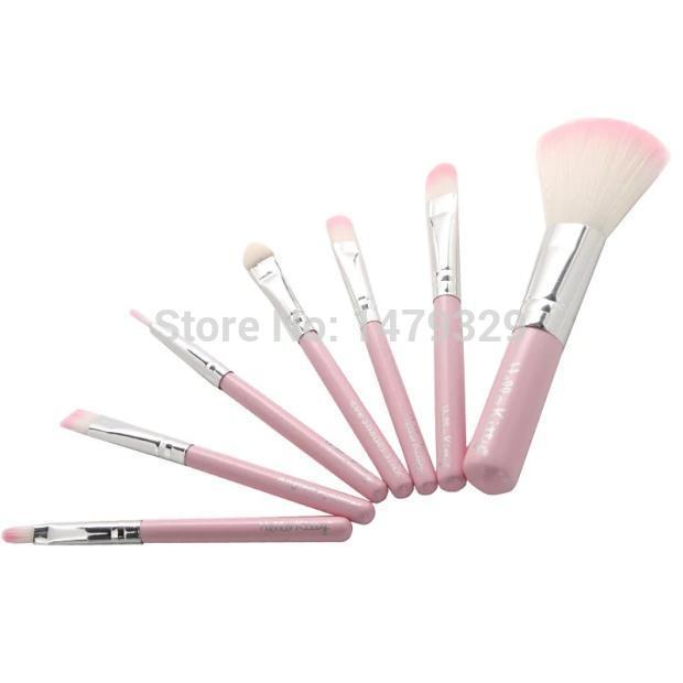 1set=7pcs Professional Cosmetic Facial Hello kitty Make up Brush Kit Wool Makeup Brushes Tools Set with Leather Case(China (Mainland))