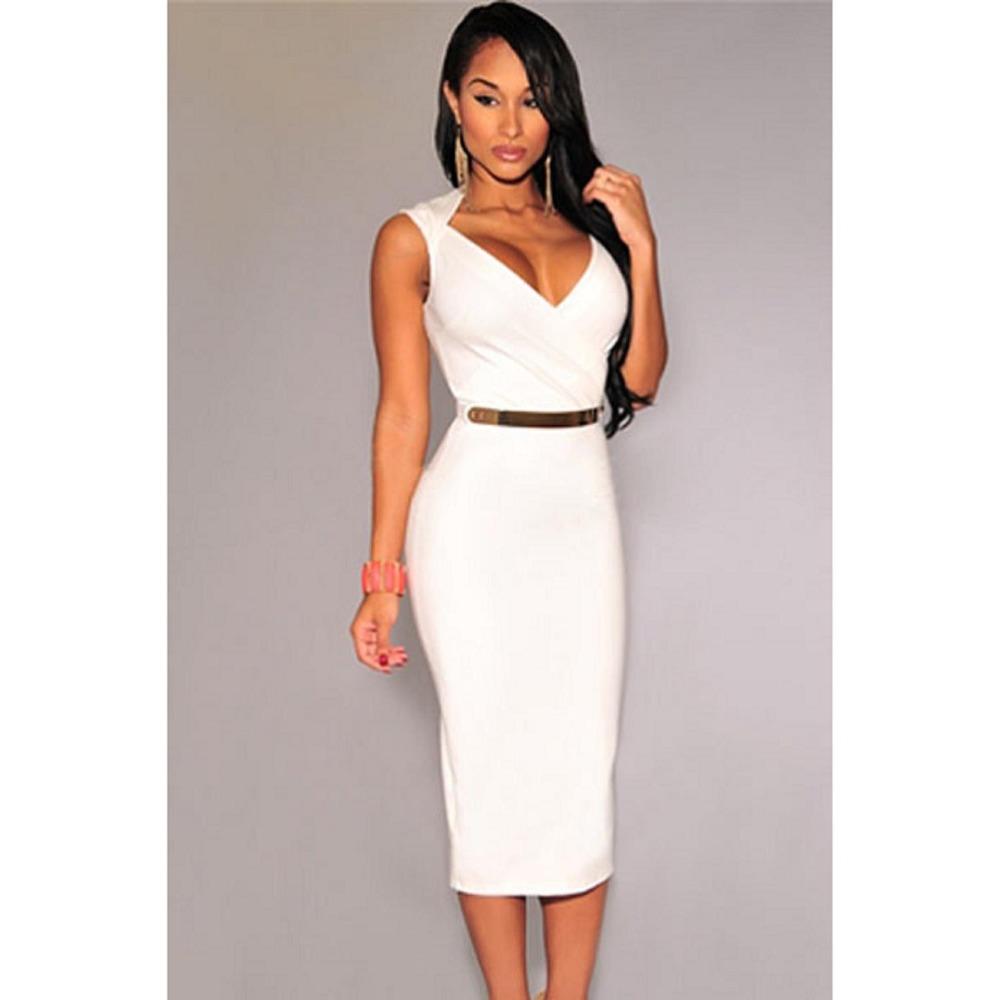 Облегающее белое платье