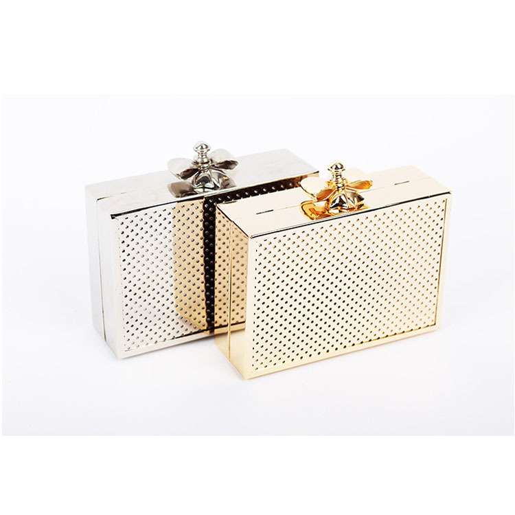 Hollow Out Metal Clutches Women Hard Case Handbag Ladies Light Gold Evening Bag European Brand Fashion Dinner Clutch Bag Purse<br><br>Aliexpress