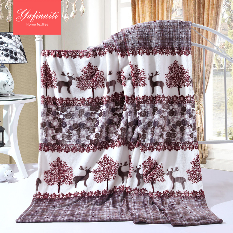 Yafinniti Reindeer brown striped plaid super warm soft blankets for Christmas flannel blanket for bed Raschel fleece blankets(China (Mainland))