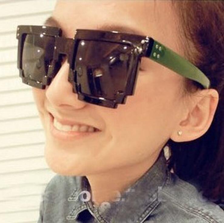 100pcs 12Color Mosaic Women Sunglasses Code Programmer Pixelated 8-Bit Black Men Sun Glasses CPU Gamer Geek Brand Designer(China (Mainland))