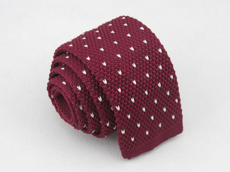 knitted tie/Wine red/white, heart shaped every bits of bit ...