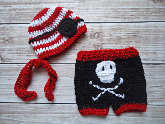 100% cotton newborn Beanies ,crochet Baby Pirate hat with eye patch, Skull Shorts baby sets, baby Hat ,Newborn Photography Prop(China (Mainland))