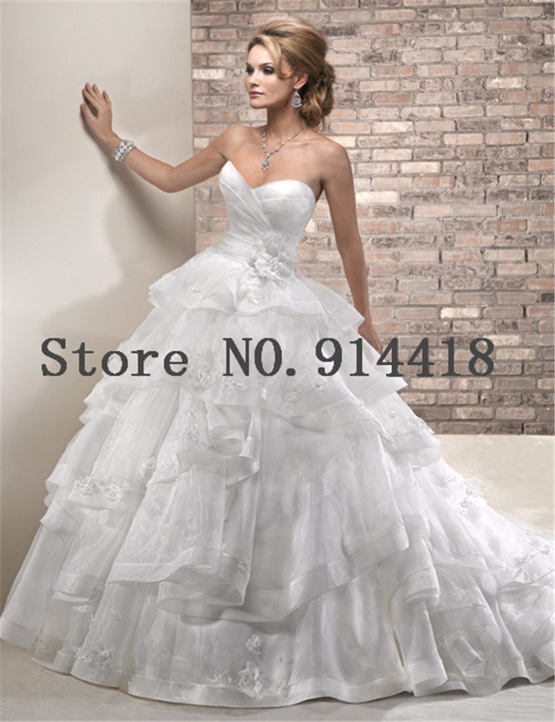 2016 custom made tiered organza designer wedding dresses for Vintage wedding dress designers