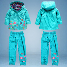 Hot retail ! 2015 new children wind rain suits, fashion raincoats (hoodie + pants), children's clothes, girls clothing sets.(China (Mainland))