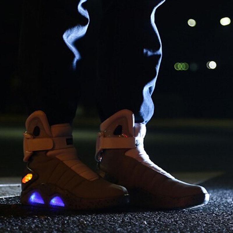 を溶かす テクニカル生地カジュアル シューズ男性led ライト靴usb充電式ライトアップ靴