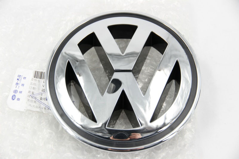 OEM Front Grille VW Emblem For PASSAT CC SAGITAR JETTA 2005-2011 WITH PLATING.1K5853600 1K5 853 600(China (Mainland))