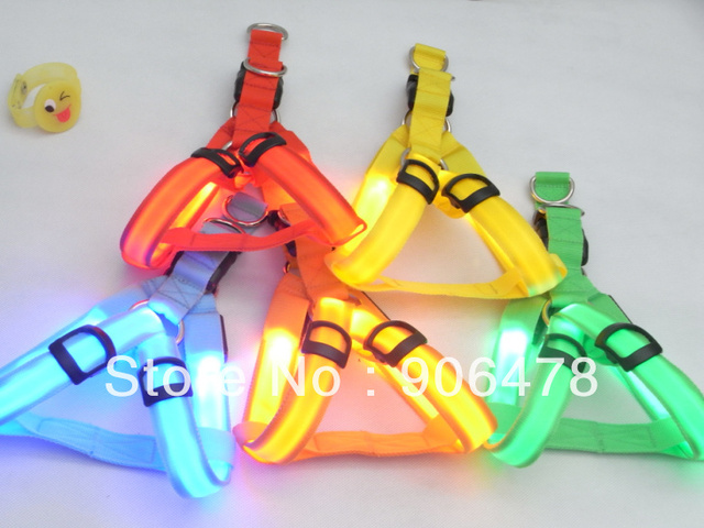 Free Shipping Fashion LED Dog Harness Dog Collars Pet Leashes 5 Colors and 3 Sizes for Choice