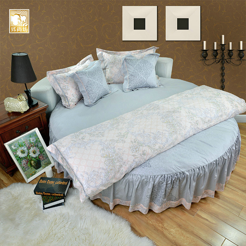 pure cotton satin round bed four sets of bedding and high end european bedspread bed skirt. Black Bedroom Furniture Sets. Home Design Ideas