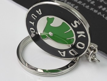 Green CLASSIC Skoda  Auto car standard key ring chain free shipping New Special gift for Superb Octavia