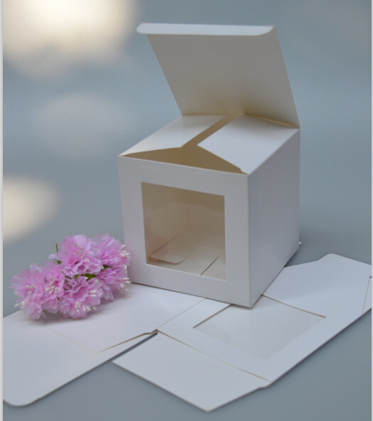 30pcs/lot Size:8*8*8CM,white paper gift boxes and packaging , recycled white paper gift box/ white paper boxes with window(China (Mainland))