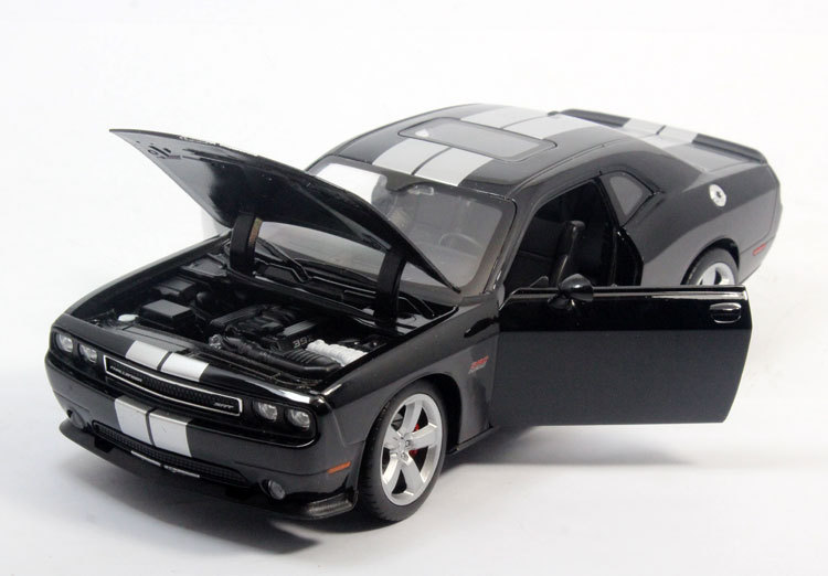 Car Styling Brinquedos For Challenger SRT 1/24 Diecast Alloy Car Model Toys Gift(China (Mainland))
