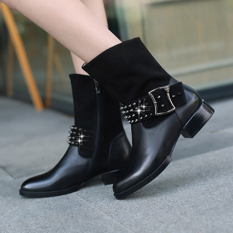Фотография Plus Size 32-42 Genuine Leather Women Boots Flat Heel Martin Ankle Boots Womens Motorcycle Boots Autumn Winter Women Shoes Botas