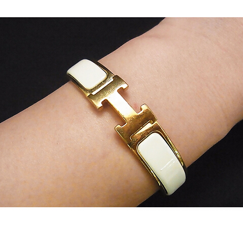 Women Metal Alloy H Bangle Gold Bracelet Enamel Wristband  Cuff Letter  Clac Elegant Lady pulsera(China (Mainland))