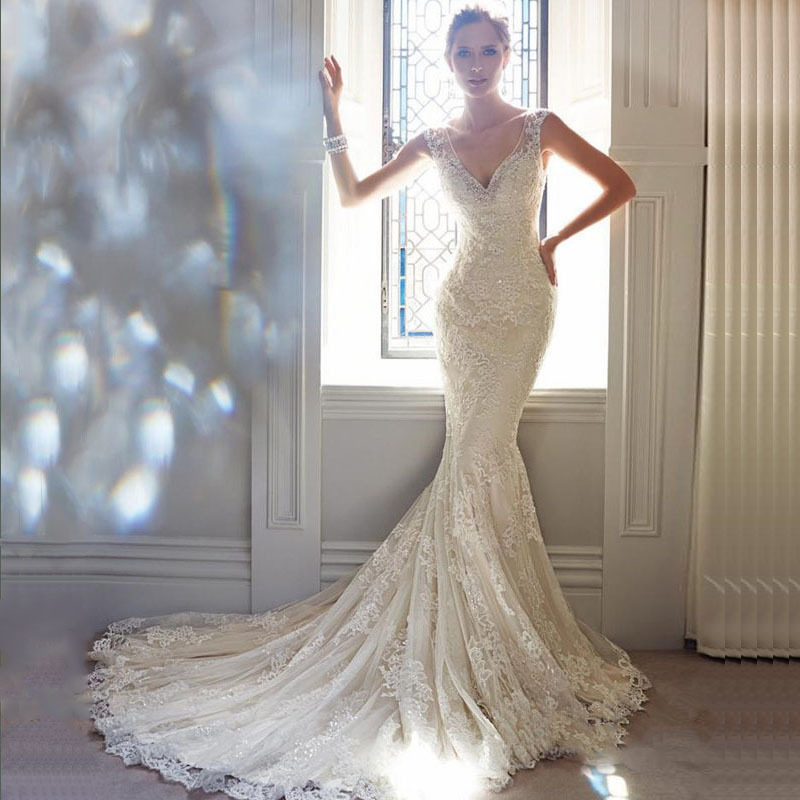 Sexy v neck lace mermaid wedding dresses with court train for Mermaid v neck wedding dress