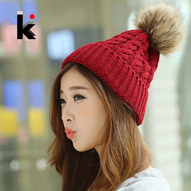 Free Shipping Winter Cap Female Beanies Knitted Imitate The Fox Fur Ball Hat Casual Knitted Warm Hats For Women(China (Mainland))