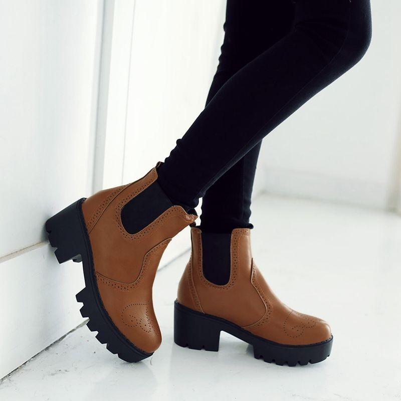 ซื้อ พลัสSize34-43 2016ใหม่เซ็กซี่ผู้หญิงบู๊ทส์แข็งกันน้ำฤดูใบไม้ร่วงแพลตฟอร์มส้นสูงปั๊มข้อเท้าของผู้หญิงฤดูหนาวSBT1876