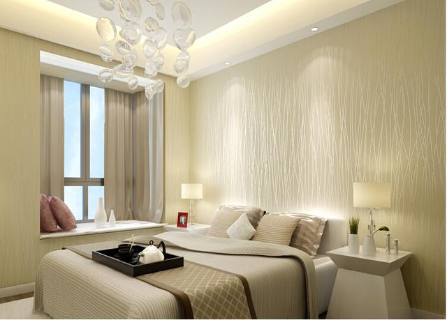 Papeles pintados dormitorios dormitorio con papel pintado a rayas en azul de harlequin villalba - Papeles pintados modernos pared ...