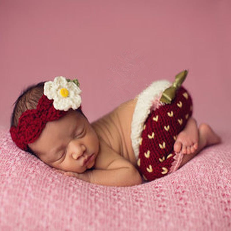 Strawberry Design Baby Crochet Costume Newborn Photography Props Knitted Flower Headband and diaper covered shorts set SY117(China (Mainland))