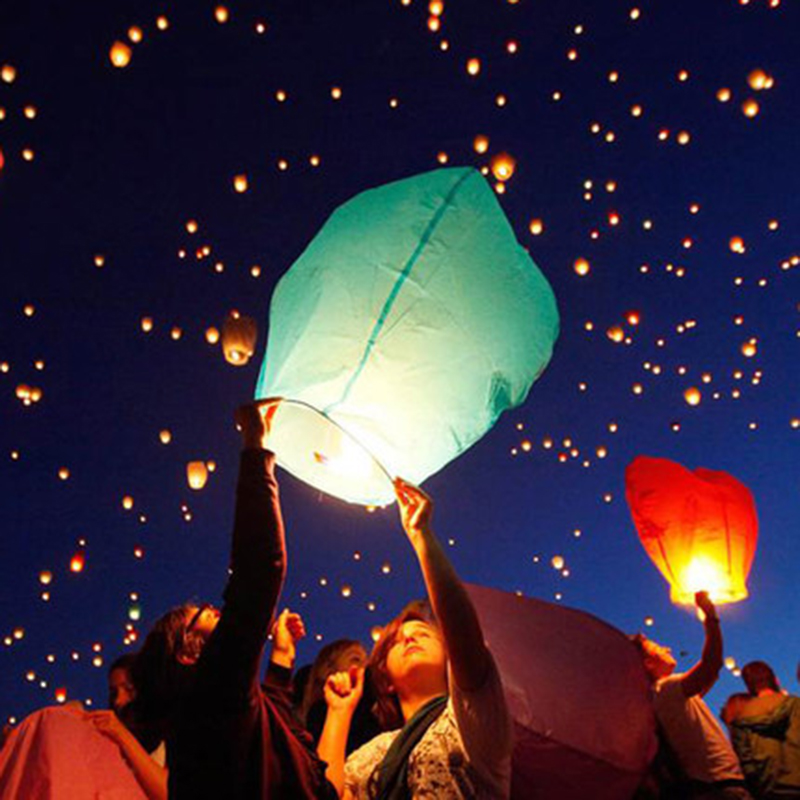 Multi-Colors Flying Wishing Lamp Hot Air Balloon Kongming Lantern Cute Love Heart Sky Lantern Party Favors For Birthday Party(China (Mainland))
