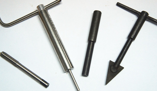 Wire thread insert threaded sleeve jacket matching thread tapping installation wrench thrust control sleeve device