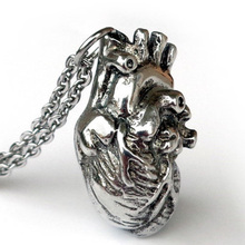 Anatomically Pendant Human Heart Necklace Science Biology Necklaces Antique Silver Jewelry Holiday Gift 2016(China (Mainland))