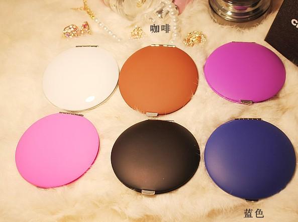 2014 New Fashion Vintage Compact Makeup Portable Fold Pocket Double Faced Mirror,Free Shipping ,2pcs/lot(China (Mainland))