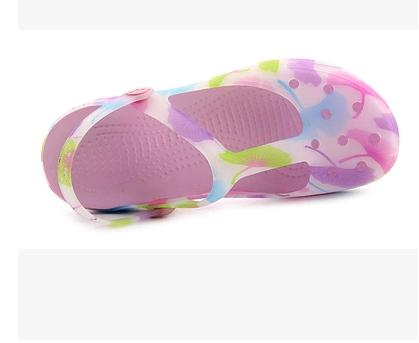 Free Shipping Woman Summer Print floral Sandals Hollow Beach Shoes Leisure Girls Jelly Female Garden Shoes Thick Soles Clogs(China (Mainland))