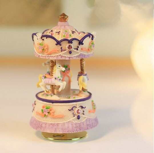 TOY STORES 3 Horse Rotating Carousel Figurine Music Box Play the Castle in the Sky Tune(China (Mainland))
