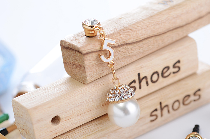 Free shipping  hot selling Pearl diamond mobile phone dust plug all match phone accessories For Iphone Ipad