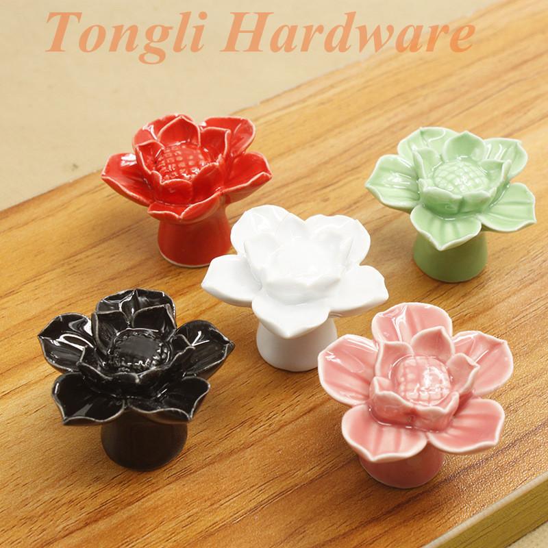 (10 pcs/lot) Lotus flower white Black pink red green ceramic cabinet handle drawer pull child's bedroom furniture single knobs(China (Mainland))