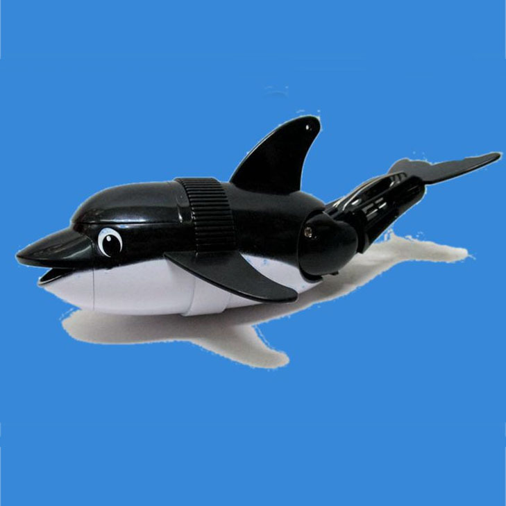 Waterproof Robotic Fish Diving Dolphins Swimming Toys Electric Toys summer swimming bathroom toy submersible dolphin for Child(China (Mainland))