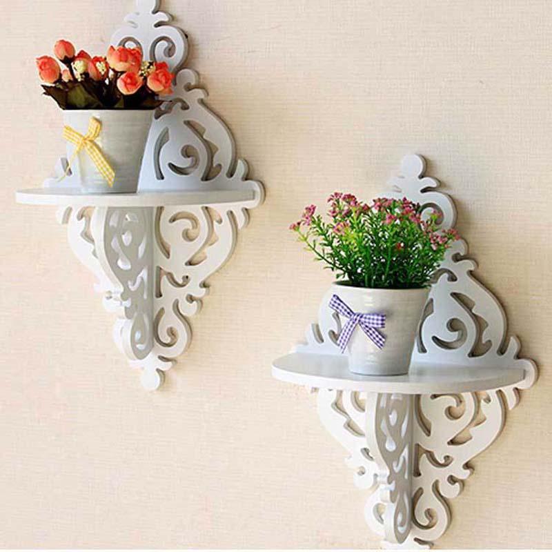 Полочка для цветов из дерева на стену