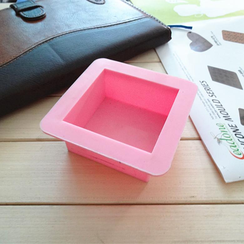 Custom handmade soap mould inside 6*6*3cm square straight edge brick mold silicone cake mold(China (Mainland))